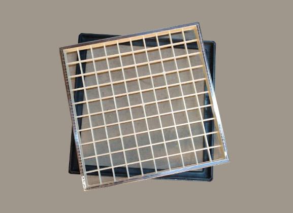 Tapas camaras reforzadas en PVC con filete de acero